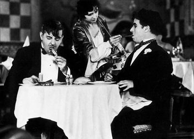 """photos TCM (photo 1 """"Sur les quais"""" de Kazan, photo 2 """"Les Lumières de la ville"""" de Chaplin"""")"""