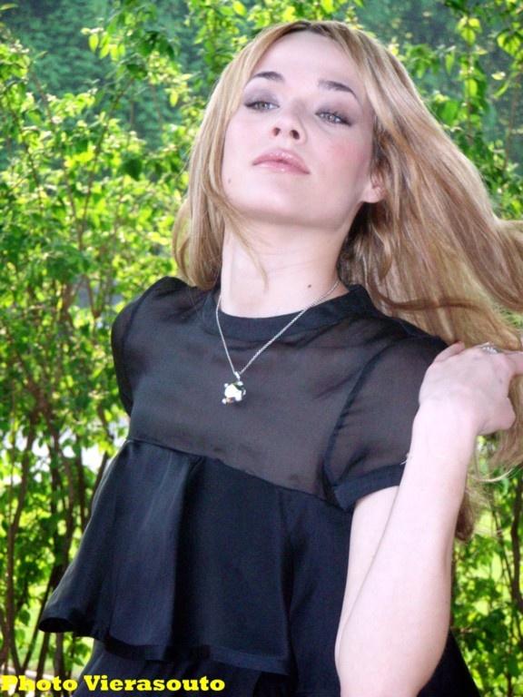 Laura Chiatti jardin Espace Cardin